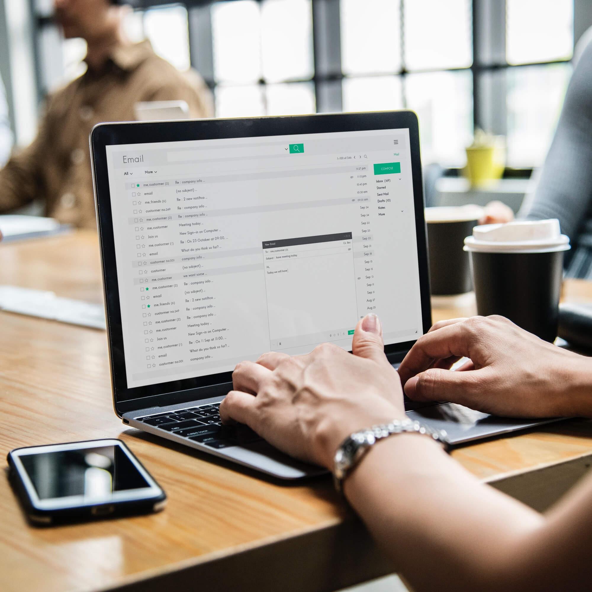 E-Mail Server für einfache und schnelle Kommunikation