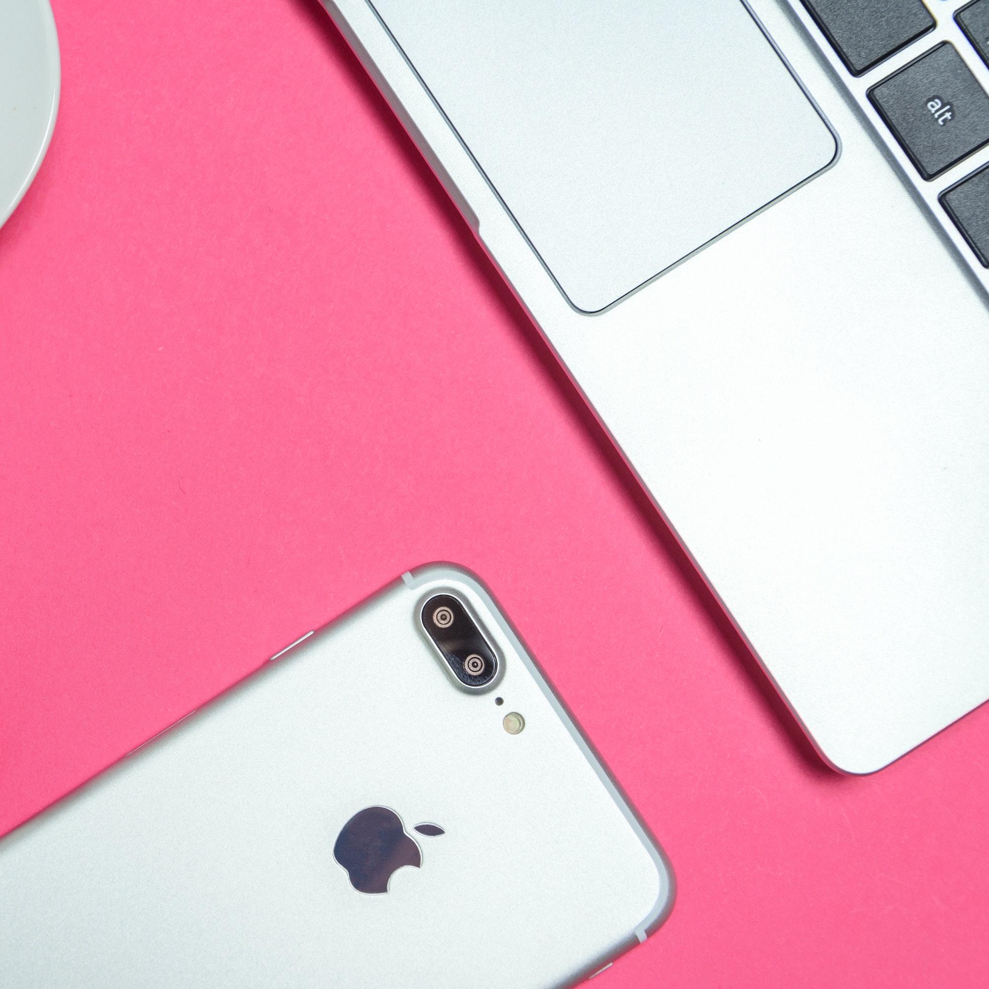 Bringen Sie Ihr Apple Gerät zu unserer Technik und erhalten Sie den besten Service